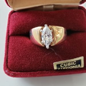 VINTAGE ☆ Marquise CZ & Gold Ring, Size 10, PRETTY